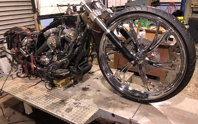 harley wheel change